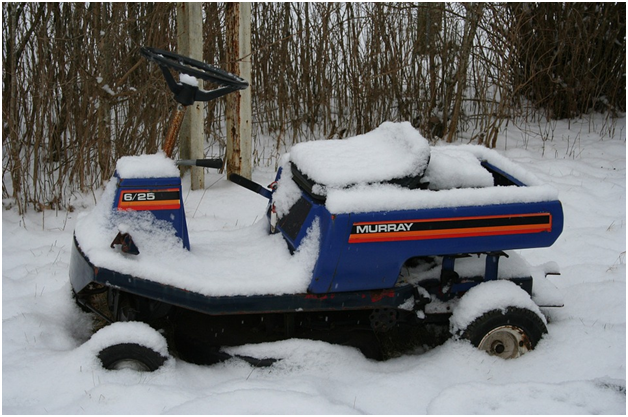 a-guide-to-putting-your-lawn-mower-away-for-the-winter